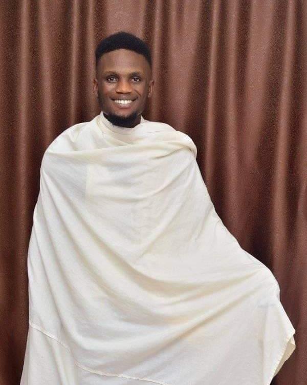 Jmiu AbiolaAbioalpbmibAla Says Sayslolihp  a tnon si